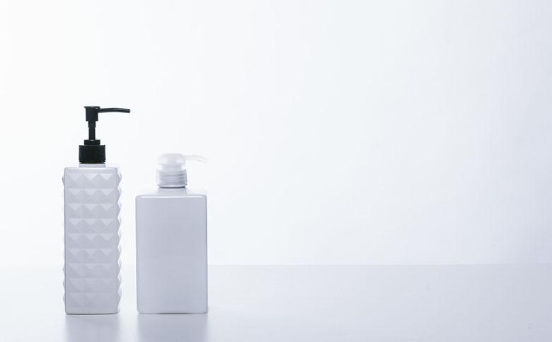 白いボトル